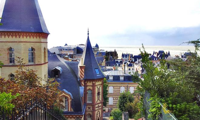 Vue-des-toits-de-Trouville