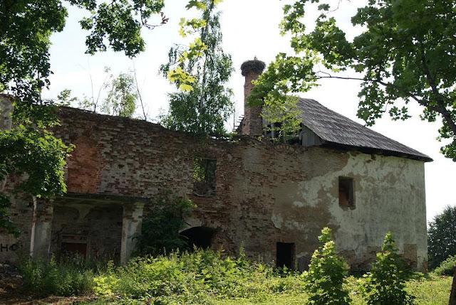 Klostera eka