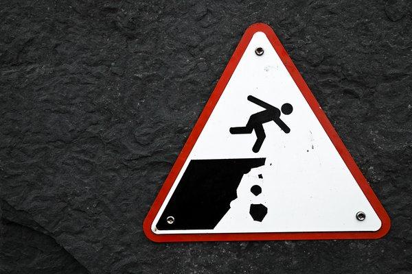 Resultado de imagem para sinal de perigo falésia