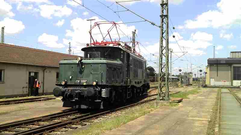 E94 088